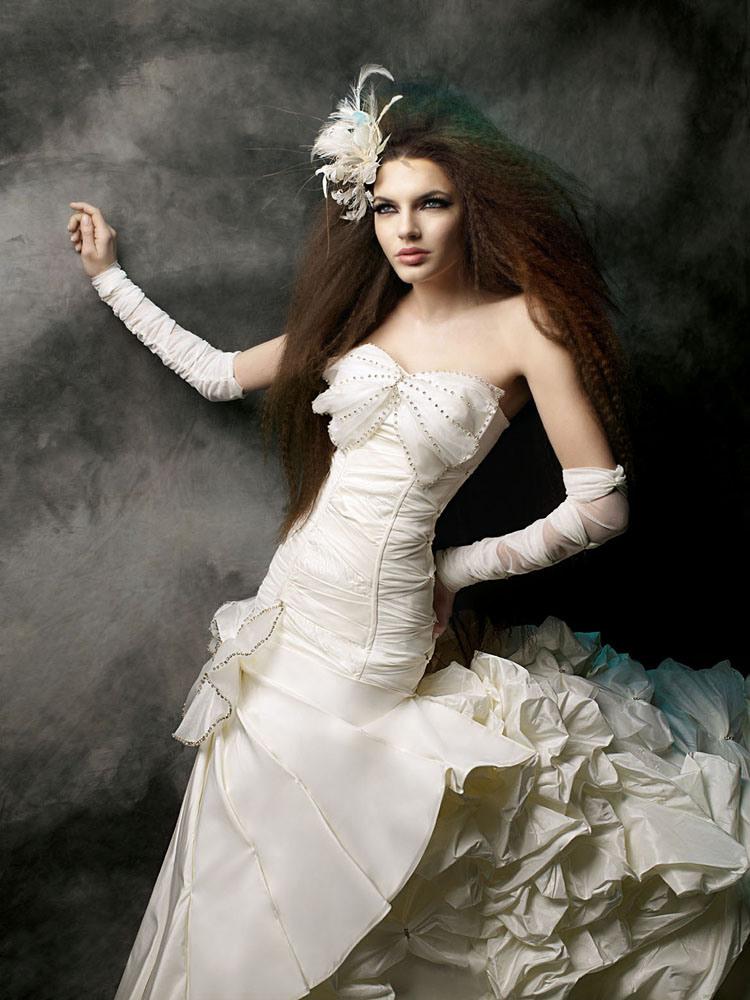 c78c7964c ازياء شيك للعرايس ,صور فساتين زفاف 2019 للعرايس , فساتين الزفاف 2019 روعة