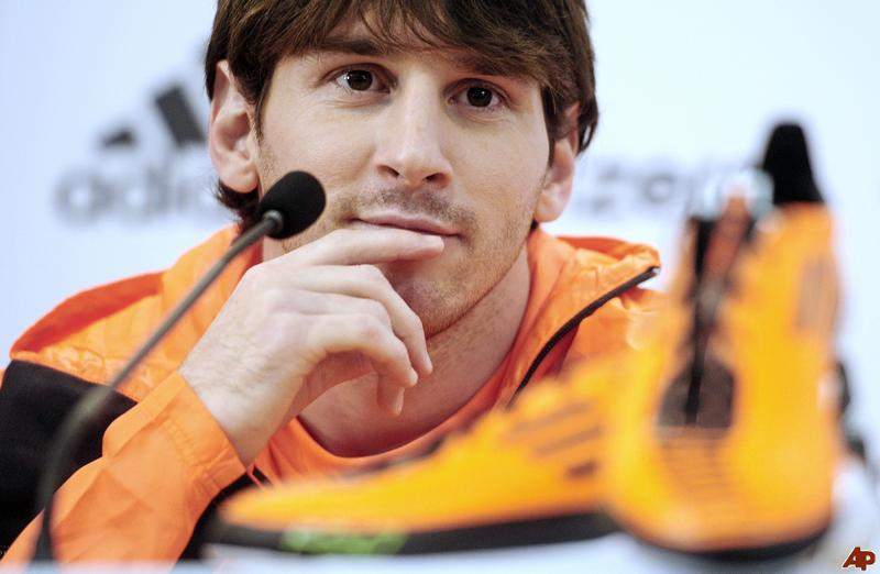 ���� ��� ���� ��� ���� Identify pictures of beautiful Messi 2015_1418670883_990.