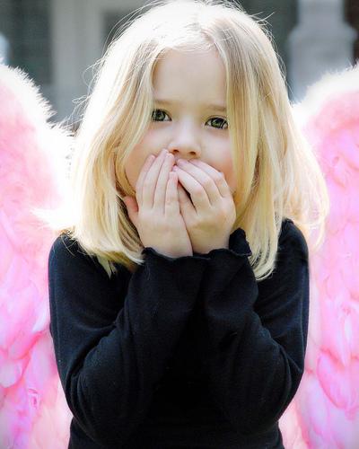 صور اطفال مضحكة , صور جميلة للاطفال ,اجمل صورة طفل لسنة 2017,صور اجمل اطفال عام 2018 2015_1418827408_963.
