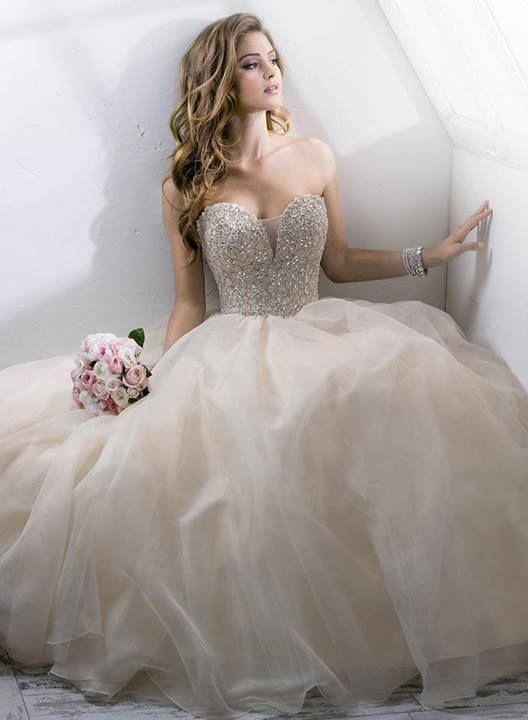 0af08d64abd29 فساتين اعراس لبنانيه موضه ، فساتين عروس لبنانى 2019