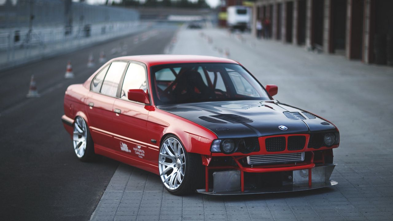 bmw_e34_red_cars_side_view_sports_96487_1280x720.jpg
