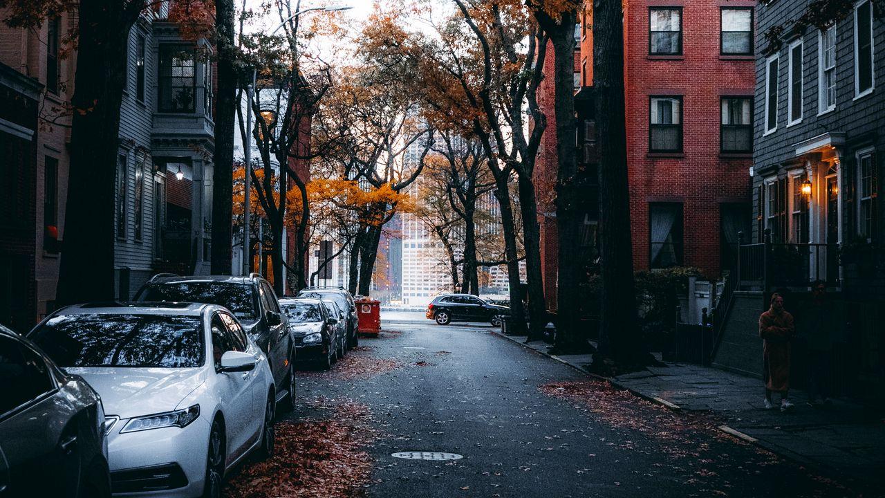 street_city_autumn_131015_1280x720.jpg