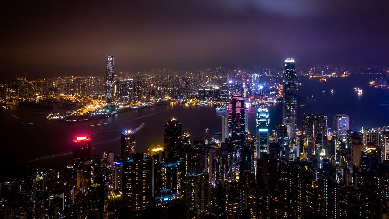 skyscrapers_night_city_city_lights_119347_1280x720.jpg