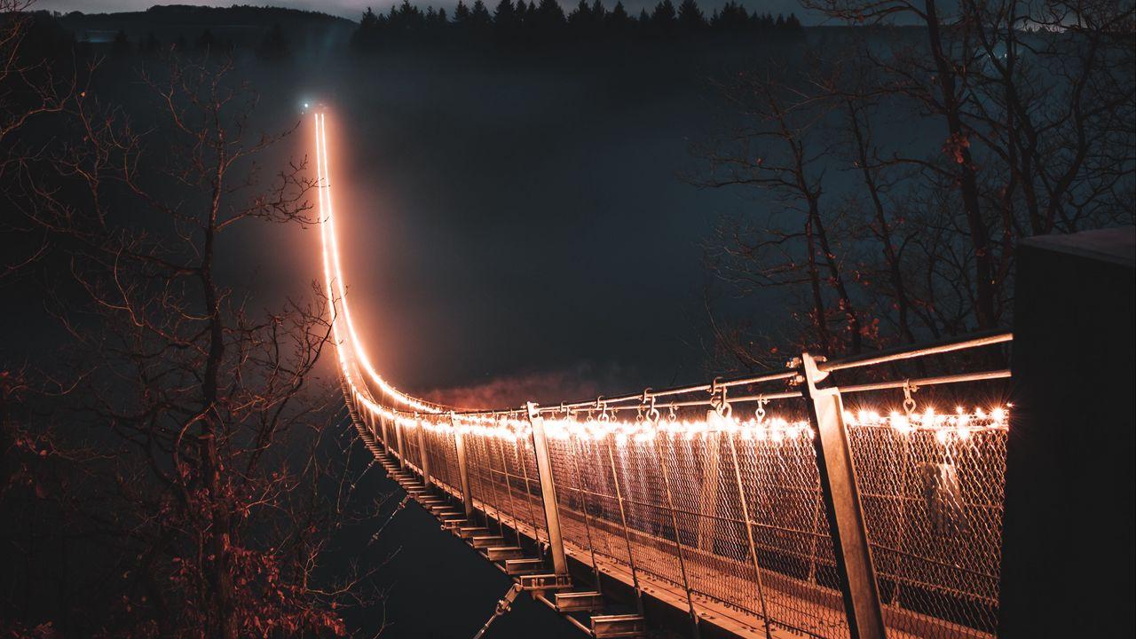bridge_night_fog_123534_1280x720.jpg