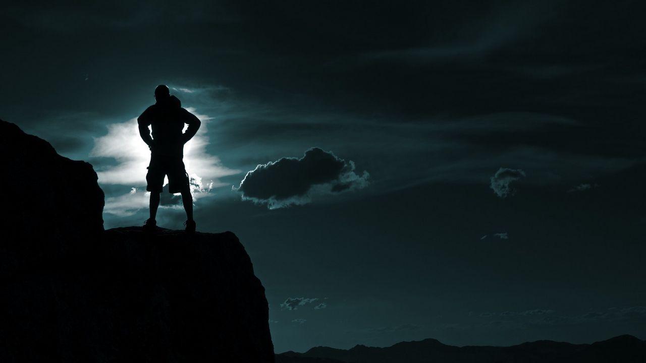 male_top_silhouette_sky_clouds_95764_1280x720.jpg