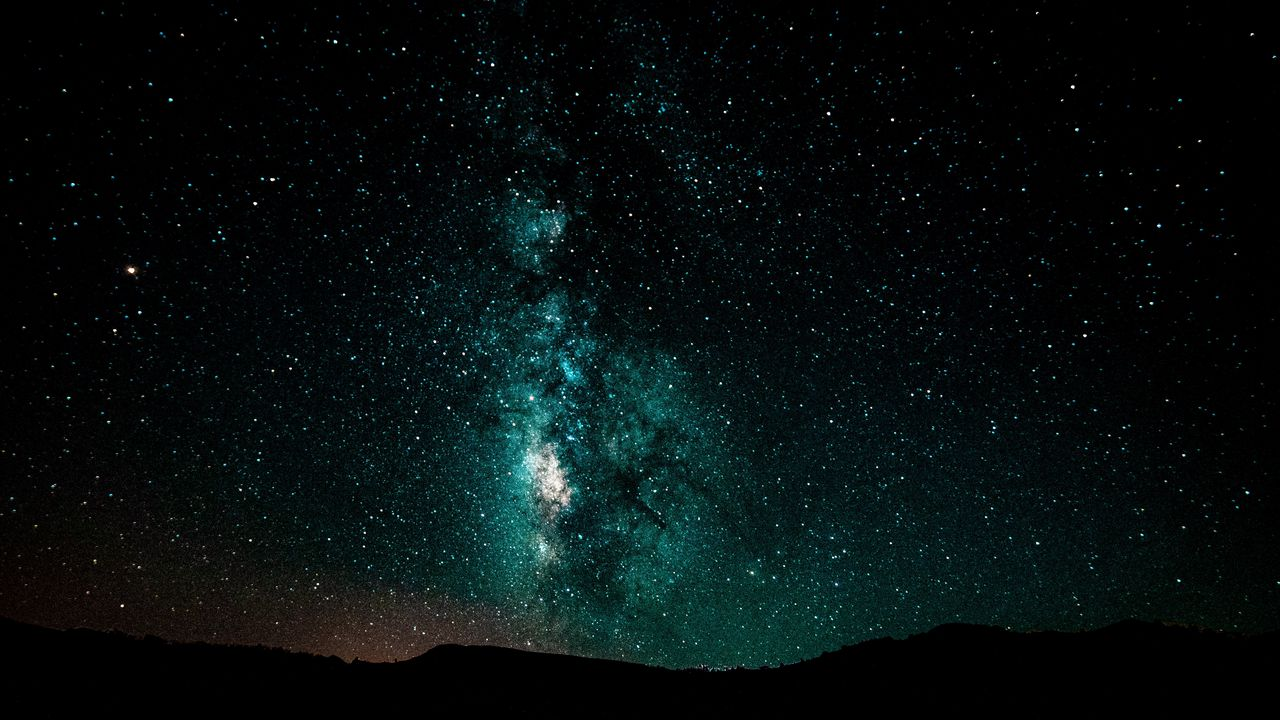 starry_sky_milky_way_night_124665_1280x720.jpg