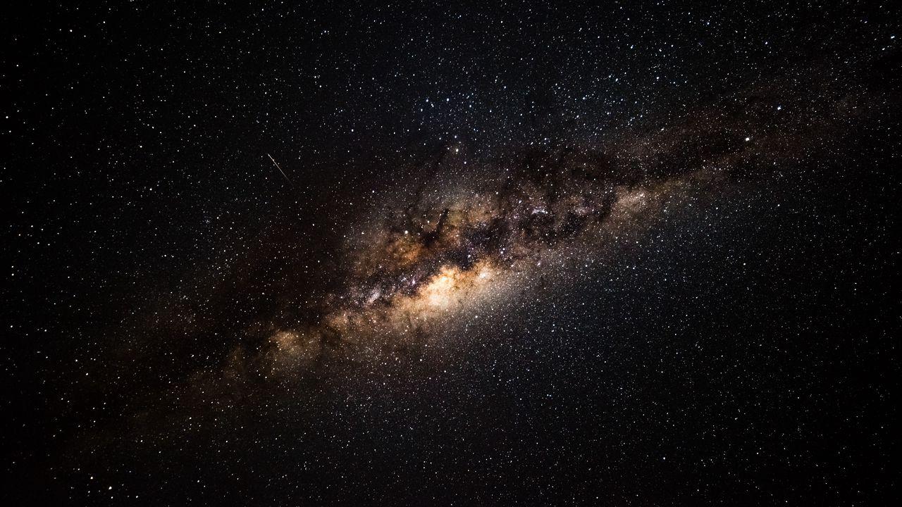 milky_way_starry_sky_galaxy_119519_1280x720.jpg