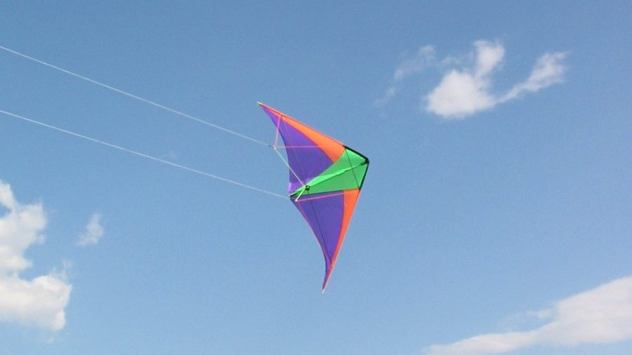 cropped-stunt-kite-helta-skelta-1473887.jpg
