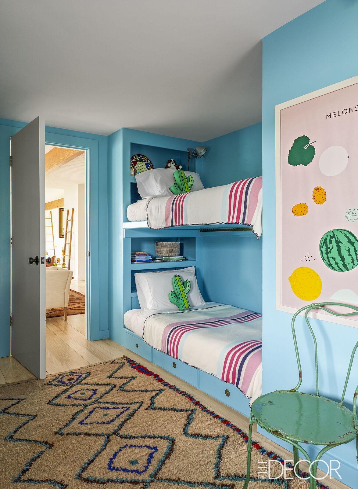 kids-room-decorating-ideas-1-1499458699.jpg