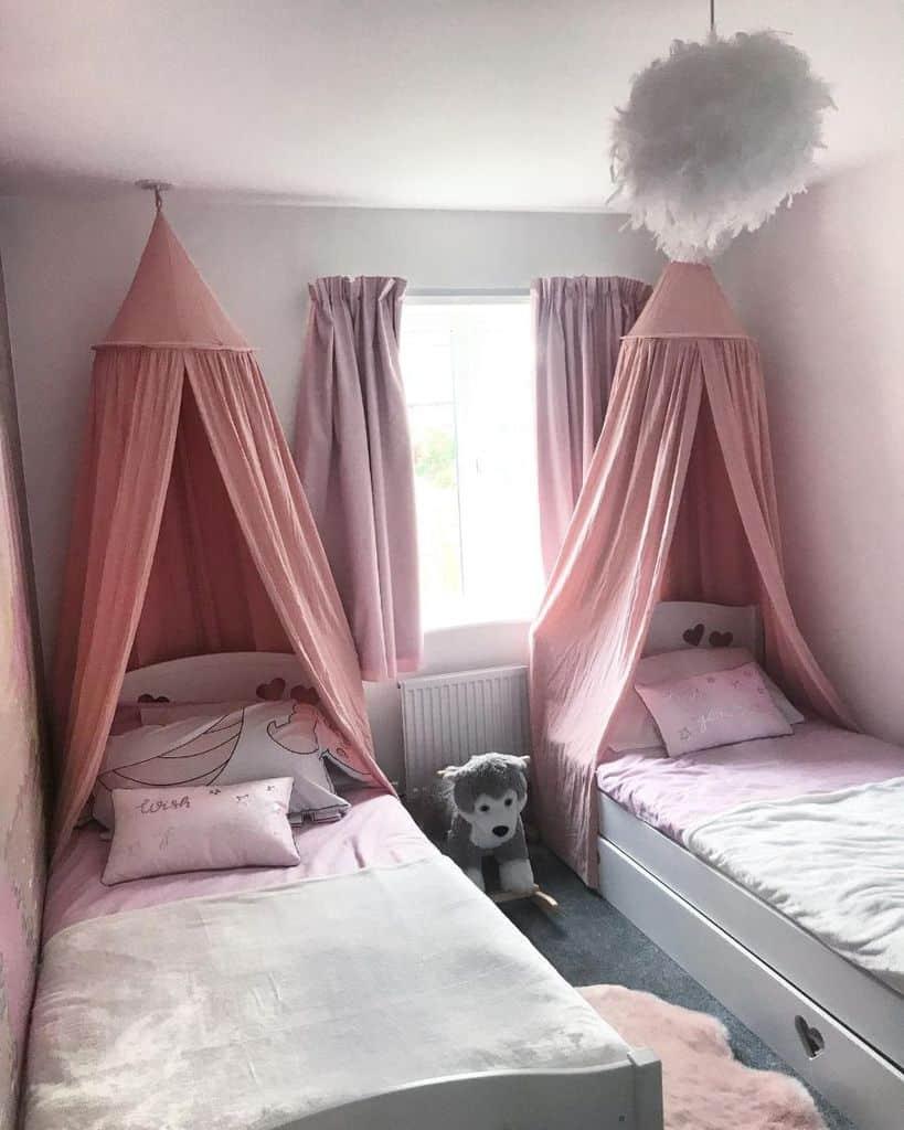siblings-room-girls-bedroom-ideas-the_smyle_home.jpg