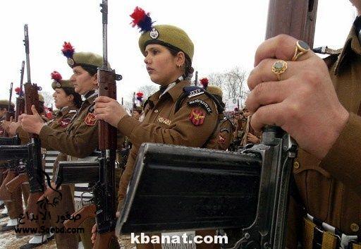 صور بنات بالزي العسكري - بنات مقاتلات - اجمل الفتيات في الزي العسكري 2013_1373812218_999.