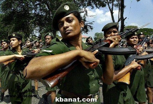 صور بنات بالزي العسكري - بنات مقاتلات - اجمل الفتيات في الزي العسكري 2013_1373812219_691.