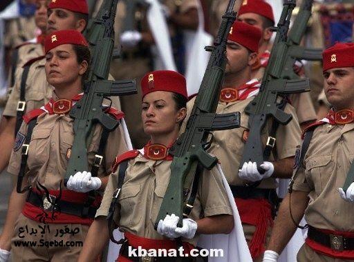 صور بنات بالزي العسكري - بنات مقاتلات - اجمل الفتيات في الزي العسكري 2013_1373812219_791.