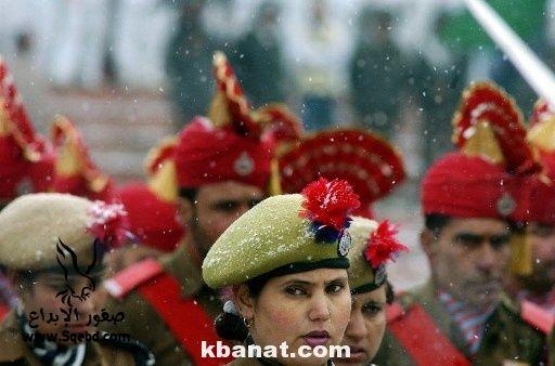 صور بنات بالزي العسكري - بنات مقاتلات - اجمل الفتيات في الزي العسكري 2013_1373812219_980.
