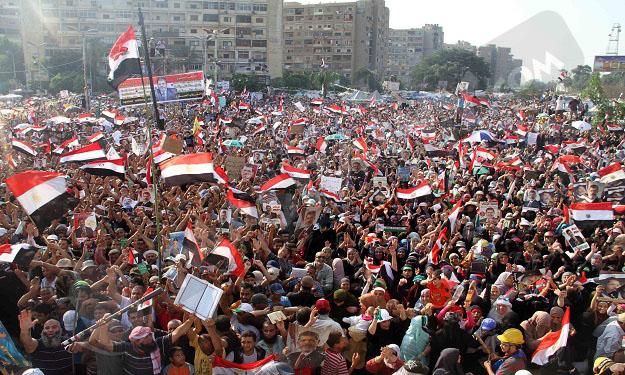 صور مؤيدين مرسي برابعة العدوية ضد الانقلاب - صور إعتصام رابعة العدوية المؤيدة لمرسي 2013_1374706283_958.