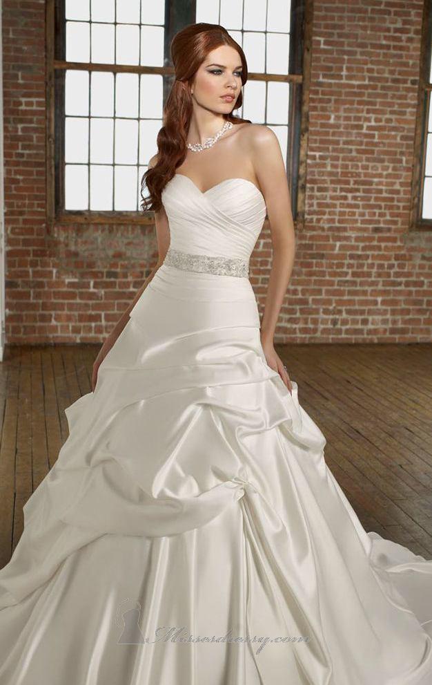 أجمل فستان للزفاف - صور فساتين زفاف 2013_1374706649_383.