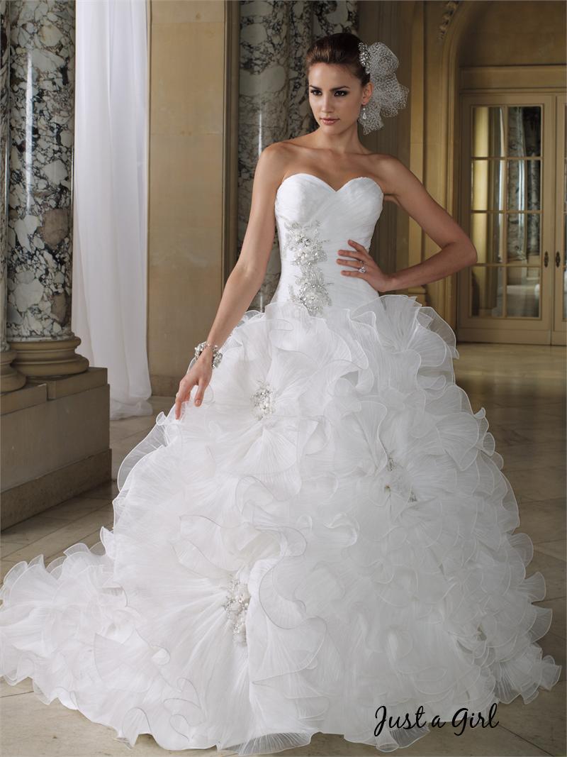 0807022b8 أجمل فستان للزفاف - صور فساتين زفاف   صقور الإبدآع