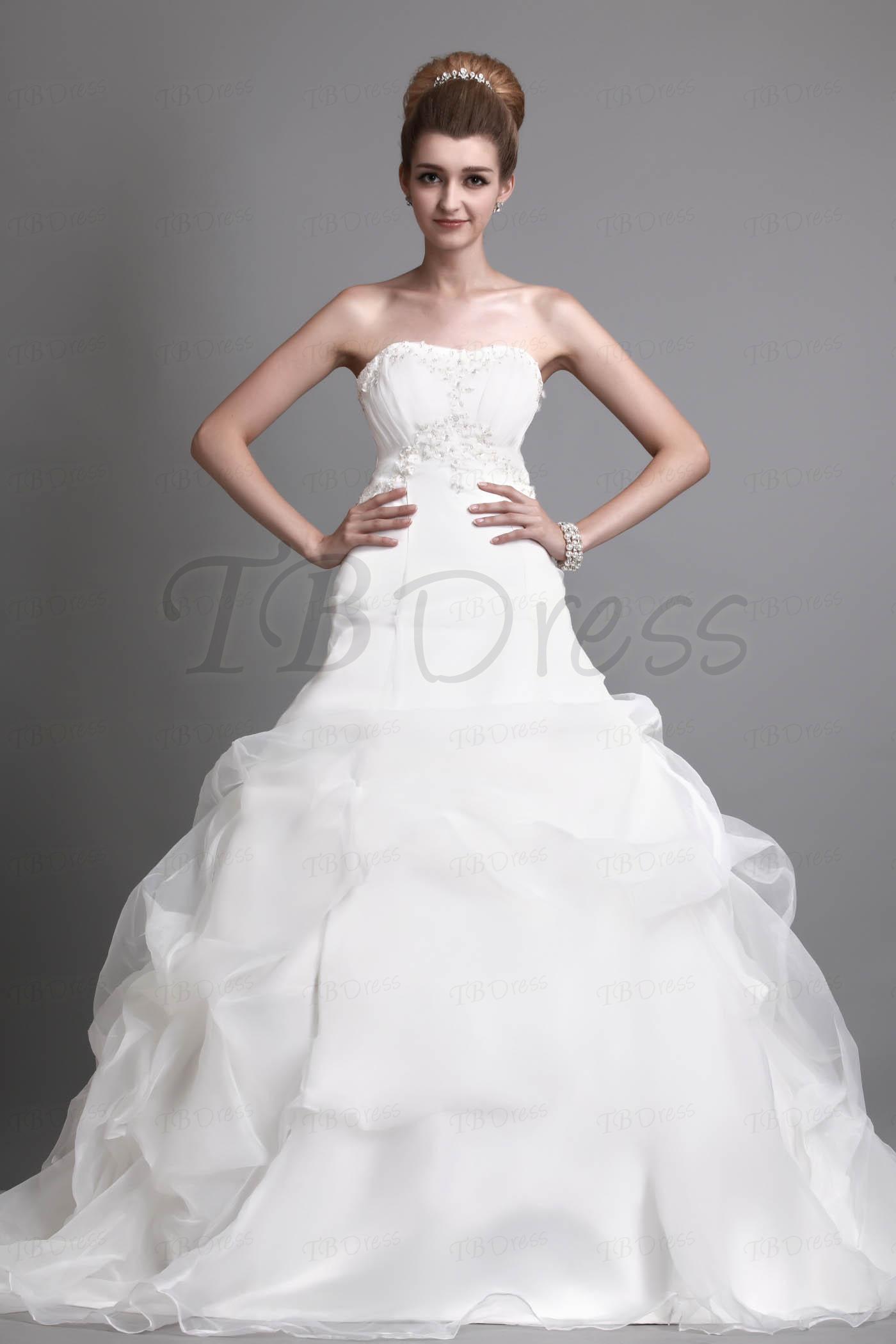 أجمل فستان للزفاف - صور فساتين زفاف 2013_1374706654_675.