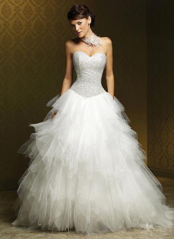 أجمل فستان للزفاف - صور فساتين زفاف 2013_1374706658_271.
