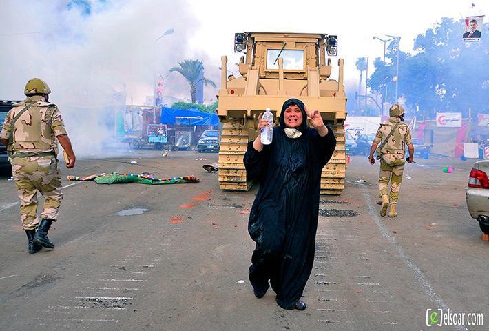 صور الهجوم على رابعة العدوية والنهضة من قبل الجيش - صور فض إعتصام رابعة العدوية والنهضة 2013_1376505177_662.