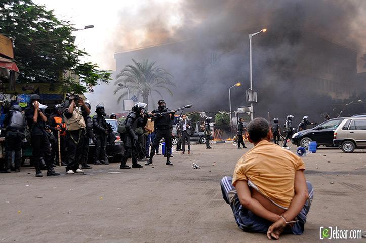 صور الهجوم على رابعة العدوية والنهضة من قبل الجيش - صور فض إعتصام رابعة العدوية والنهضة 2013_1376505177_875.