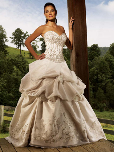 ���� ������ ������ 2016 �������� ���������� ��������,Wedding dresses 2016, engagement and events2016 2013_1382322883_986.