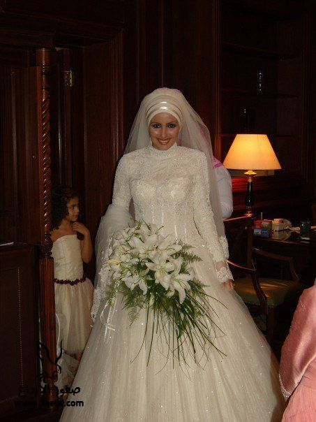 اجدد فساتين زفاف ,  Wedding dresses veiled 2013_1385083821_715.
