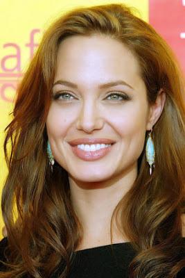 صور جديدة انجلينا جولى 2017 , صور النجمة انجلينا جولى , 2018 Photos Angelina Jolie 2014_1387554061_458.