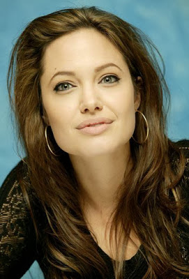 صور جديدة انجلينا جولى 2017 , صور النجمة انجلينا جولى , 2018 Photos Angelina Jolie 2014_1387554062_820.