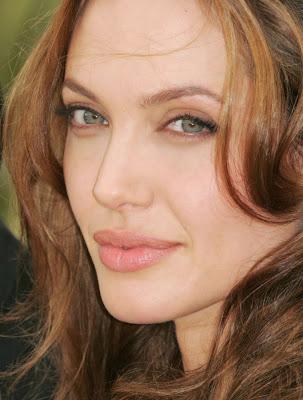 صور جديدة انجلينا جولى 2017 , صور النجمة انجلينا جولى , 2018 Photos Angelina Jolie 2014_1387554063_946.